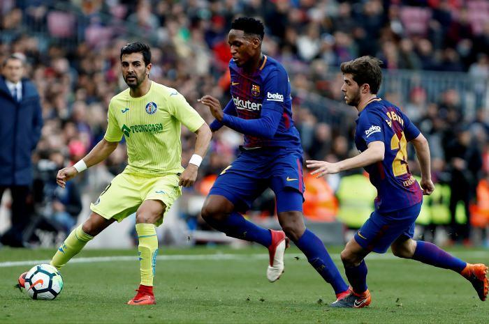 Yerry Mina, titular ante el Celta y Messi, suplente