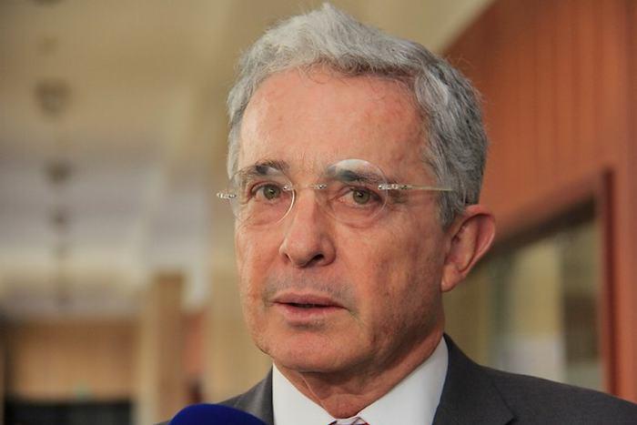 Autoridades informaron a Uribe sobre posible plan para atentar en su contra