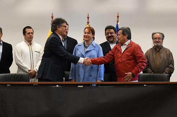 Gobierno y el ELN retomarán los diálogos de paz en La Habana