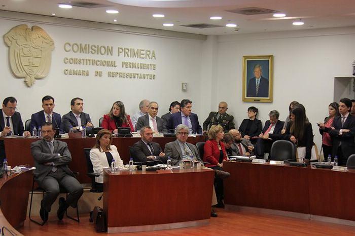 4 alcaldes estarían involucrados en irregularidades por contratación del posconflicto: Fiscalía