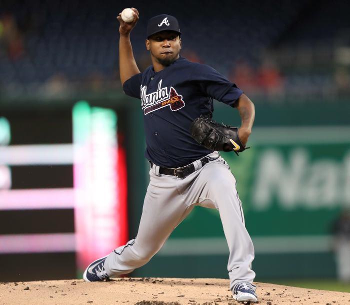 Bravos apalea a los Mets; Adrián González pega sencillo