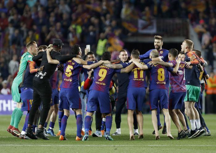Barcelona salva el récord histórico y al Atlético de Madrid se le acaba el  suyo cf947f2640f