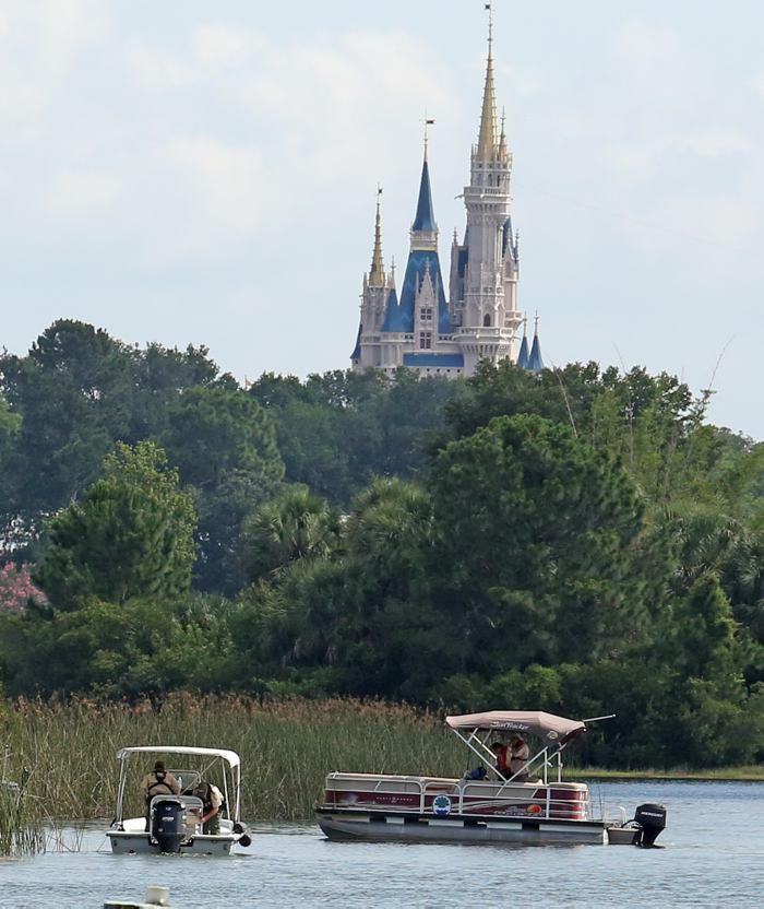 Mañana oscura en Disney World