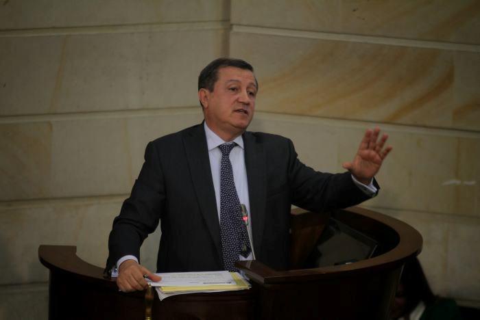 Ernesto Macías y Alejandro Chacón, presidentes del Senado y la Cámara