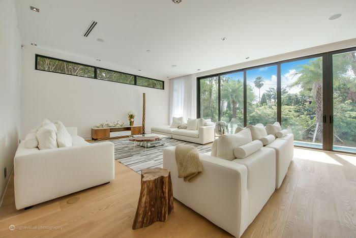 Nicky Jam gasta 3,4 millones dólares por una casa
