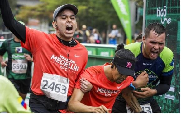 Falleció deportista (y docente universitario) durante la Maratón Medellín