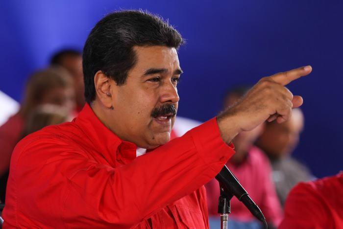 Maduro pide indemnización por los colombianos que viven en Venezuela