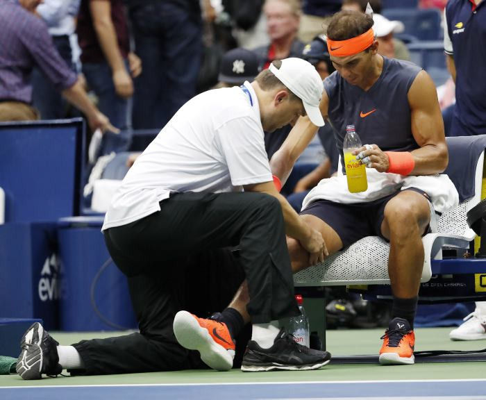 Rafael Nadal renuncia a la gira asiática para recuperarse de la rodilla