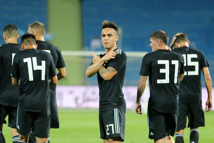 Argentina goleó a Irak en la previa del partido ante Brasil en Arabia