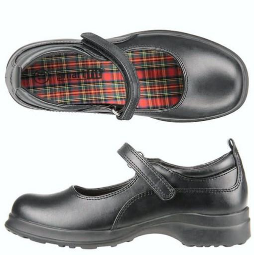 bd38d1e8 A Elegir bien los zapatos de colegio | zapato colegial, escolar ...