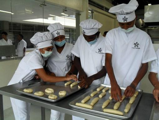 Resultado de imagen para panaderia en el sena