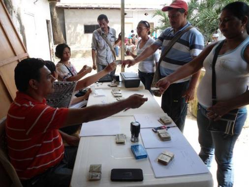 Pago a la población retornada de El Carmen de Bolívar, por valor de $200 mil pes