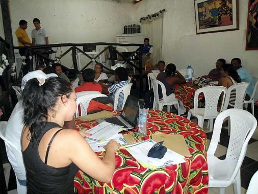 300 jóvenes de 4 municipios de El Carmen de Bolívar se benefician de la radio co