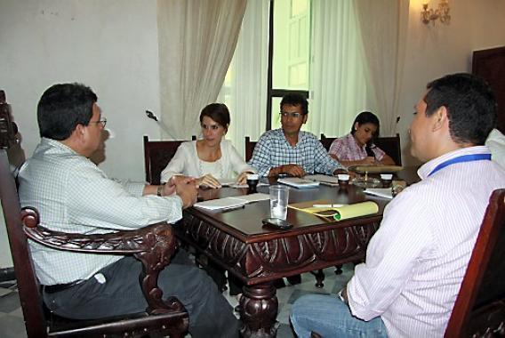 Reunión en la Gobernación de Bolívar.