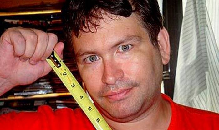 Hombre con pene grande es detenido en aeropuerto de San Francisco