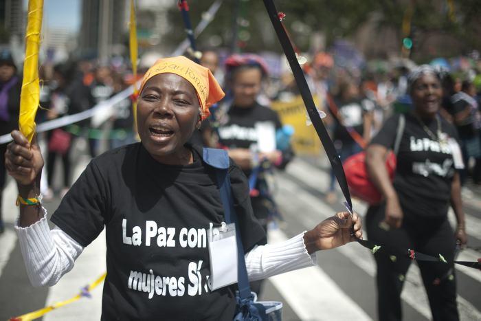 Miles de mujeres marcharon en Bogotá en favor de la paz | Proceso de paz |  EL UNIVERSAL - Cartagena | EL UNIVERSAL - Cartagena