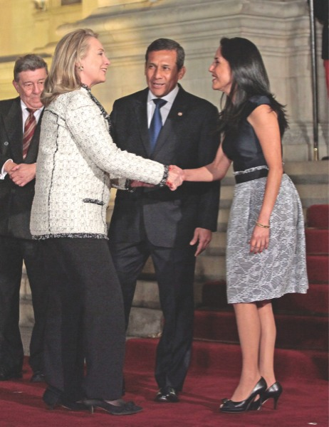 Nadine Heredia acompaña a su esposo Ollanta Humala