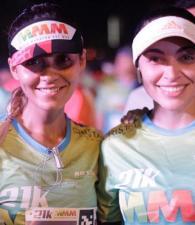 Laura Cruz y Adriana Corena.