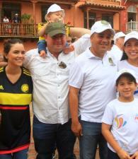 Ruby Merlano, Alejandra Isaac de Araújo, Fernando Araújo Rumié, Nicolás Araújo Isaac, Pedrito Pereira, Liliana Majana, Samuel Turbay y Dumek Turbay Majana.