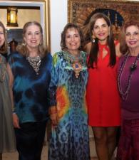 Despedida de soltera de Nelly Rojas. Rosina Restrepo, Cecilia Restrepo de Bustamante, Rosario Diazgranados, Nelly Rojas y Ada Frieri.