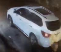 Video de seguridad que muestra cuando el israelí  Offer Noam Erickson llega en su camioneta a una de sus discotecas en el Centro. Está desaparecido.