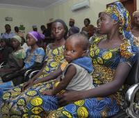 Algunas de las 21 niñas de Chibok secuestradas y posteriormente liberadas en Abuja (Nigeria)