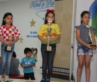 Camila Torres (Bolívar), campeona; Natalia Bertel (Bolívar), subcampeona y Juana González (Tolima), tercera.