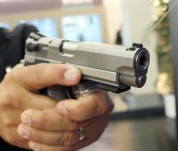 Small Arms Survey calcula que la población civil posee unos 857 millones de armas de fuego, la mayoría sin registrar, por lo que los datos incluyen ciertas estimaciones.