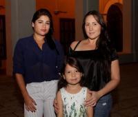Karen Román, Salomé Valencia y María Angélica Majana.