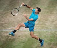 Roger Federer durante la final del torneo de Stuttgart, 2018.
