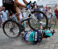 Accidente en la etapa 9 del Tour de Francia 2018