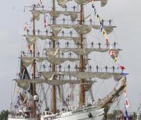 Buque mexicano en la bahía de Cartagena