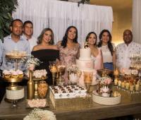 Juan Carlos Baena, Bryan Baena, Raquel Baena, María Eugenia Baena, Cecilia Baena, Claudia Urueta y Eugenio Baena.