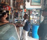 Visita de las autoridades a comerciantes amenazados