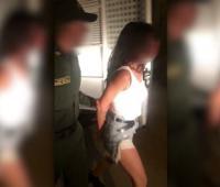 Capturan a argentina por agresión a un policía