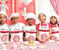 Daniela Paternina, Cecilia Peña, Laurent Cuartas, Crystal Conrado y María Lourdes Valle.
