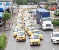 Protestas de taxistas en toda la ciudad