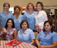De pie: Beatriz Villalba, Ramona de Fortich, Julia De Dávila-Pestana y Rosario Diazgranados; sentadas: Liliana Majana, Janit Bula y Evelia de Martínez.