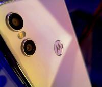 Celular Motorola One