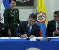 Convenio firmado con Honduras