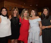Sonia Abueita, Norma Zarur; la cumplimentada, Irina Villalba; Sol De La Madrid y Graciela Vélez.