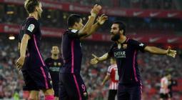 Jugadores del Barcelona celebran el gol de la victoria.