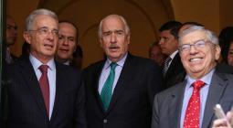 Los expresidentes Álvaro Uribe Vélez, Andrés Pastrana y Cesar Gaviria.