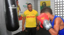 El entrenador cubano Esteban Cuéllar comenzó a preparar a los boxeadores de Bolívar para las próximas justas de 2019.