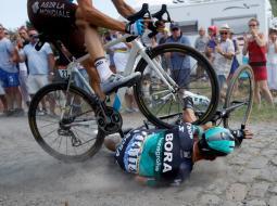 Accidente en la etapa 9 del Tour de Francia 2018