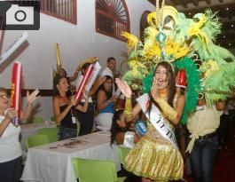 La representante del periódico El Teso fue elegida como la 'Reina de los medios