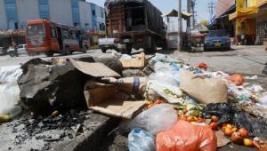 Los basureros satélites son críticos en la Vía Perimetral, a lo largo de la Avenida Pedro de Heredia, entre otros. Erradicarlos es uno de los principales retos para el nuevo modelo.