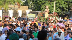 La procesión fue multitudinaria.