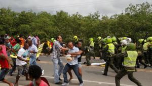Roces entre la fuerza pública y protestantes.