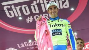 El español, Alberto Contador, sufrió una lesión y es duda para el resto del Giro de Italia.